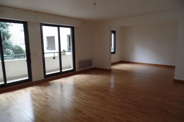 Location appartement 4 pièces 96m² - 658
