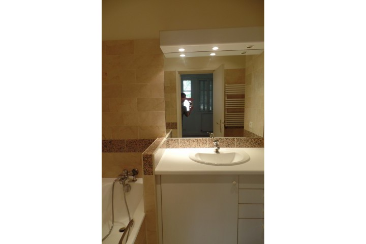 Location appartement 2 pièces 50m² - 214