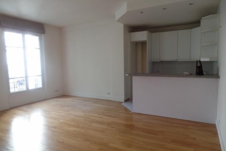 Location appartement 2 pièces 50m² - 217