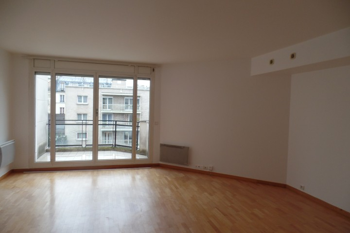 Location appartement 4 pièces 102m² - 1196