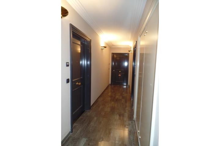 Location appartement 4 pièces 102m² - 1153