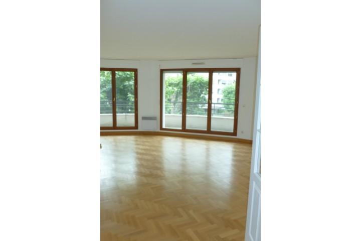 Location appartement 4 pièces 107m² - 1167