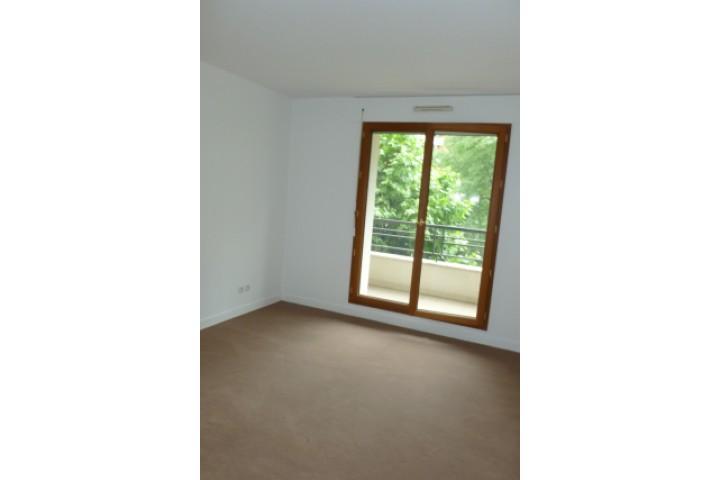 Location appartement 4 pièces 107m² - 1169