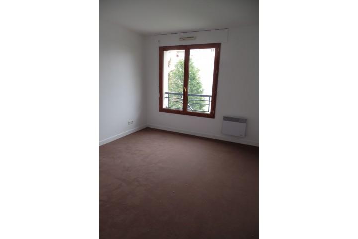 Location appartement 5 pièces 108m² - 1410