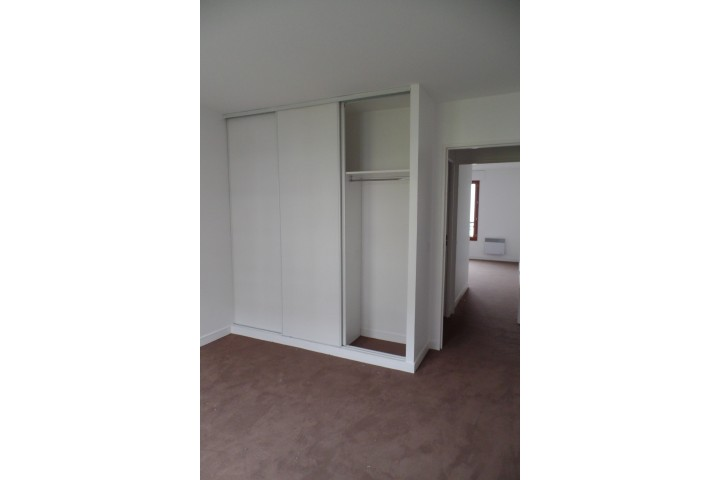 Location appartement 5 pièces 108m² - 1411