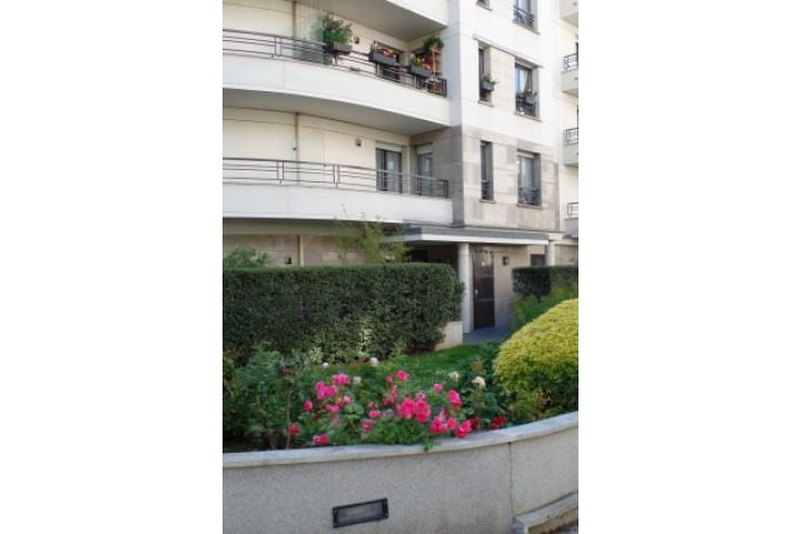 Location appartement 5 pièces 108m² - 1304