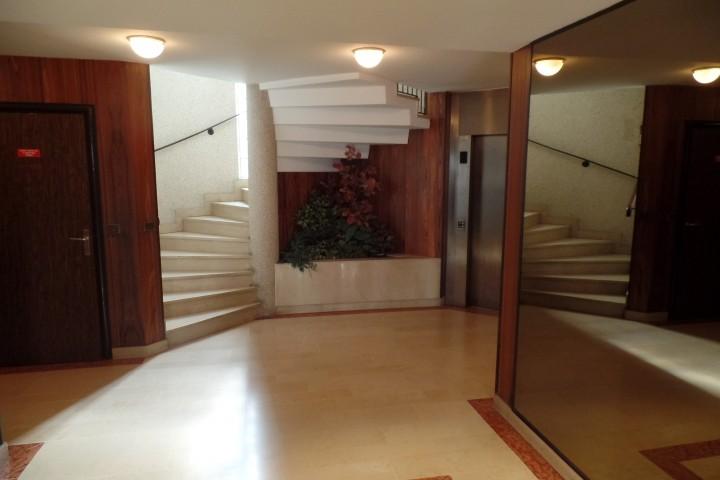 Location appartement 4 pièces 87m² - 1478