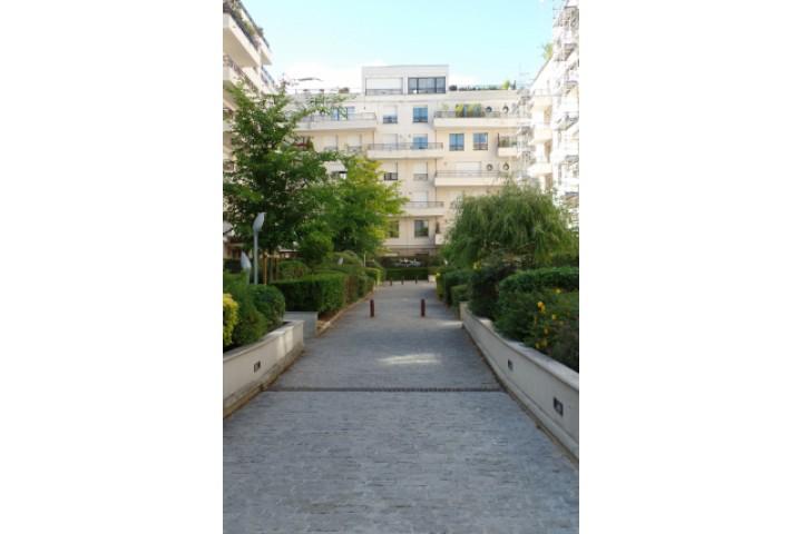 Location appartement 4 pièces 97m² - 1552