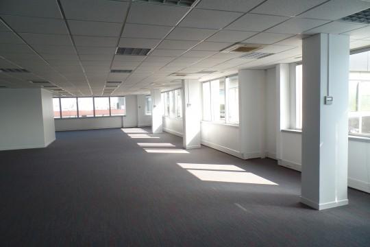 Location bureaux 1177m²