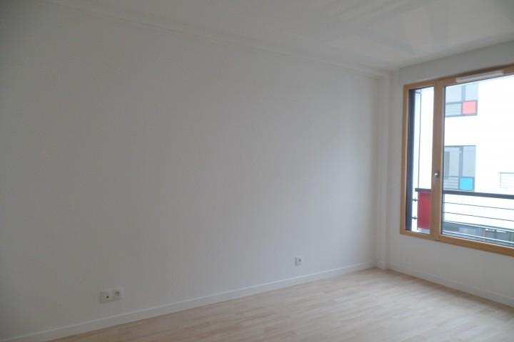 Location appartement 3 pièces 74m² - 1669