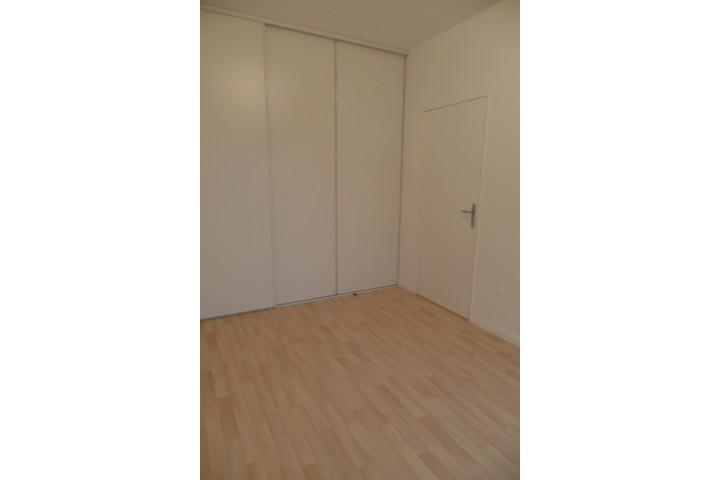 Location appartement 4 pièces 81m² - 1712