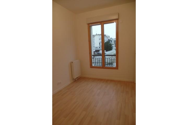 Location appartement 4 pièces 81m² - 1713