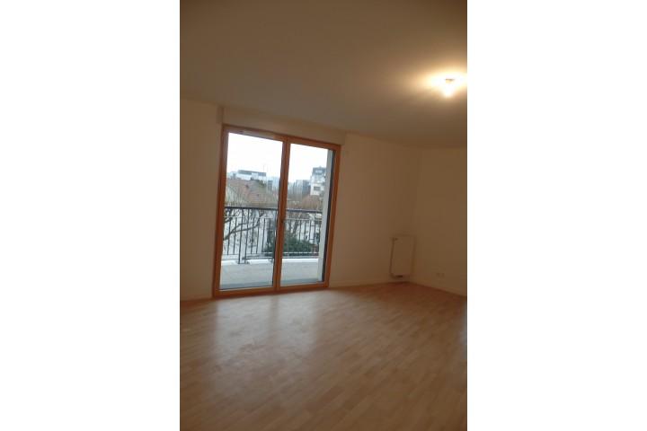 Location appartement 4 pièces 86m² - 1793