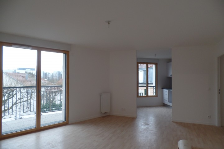 Location appartement 4 pièces 86m² - 1792