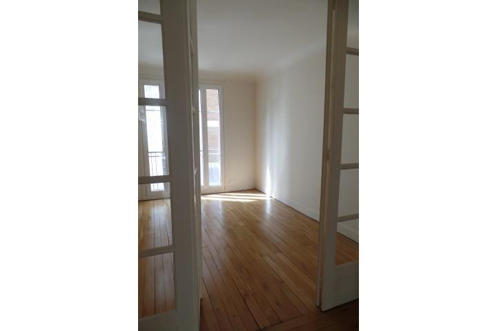 Location appartement 4 pièces 84m² - 269