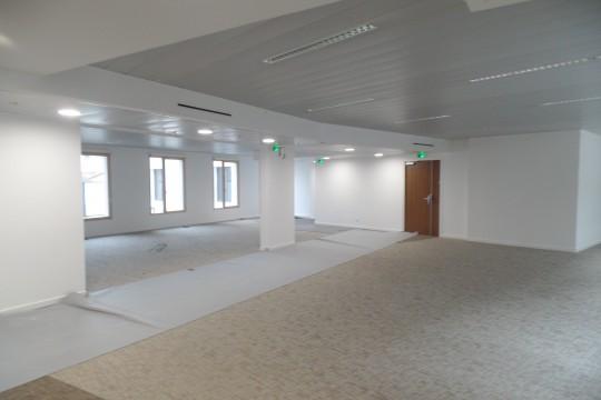 Location bureaux 1083m²
