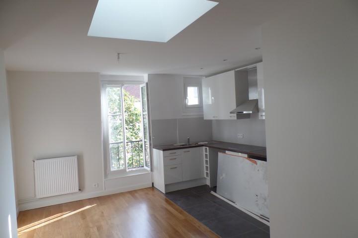 Location appartement 2 pièces 45m² - 298