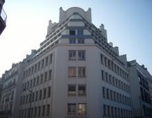 Location Bureaux 308 m²