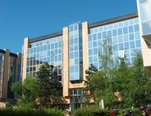 Location Bureaux 1096 m²