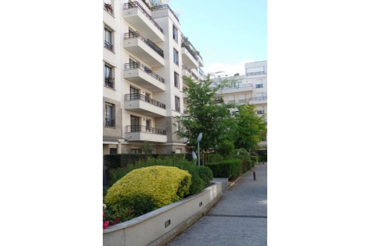 Location appartement 2 pièces 54m² - 724