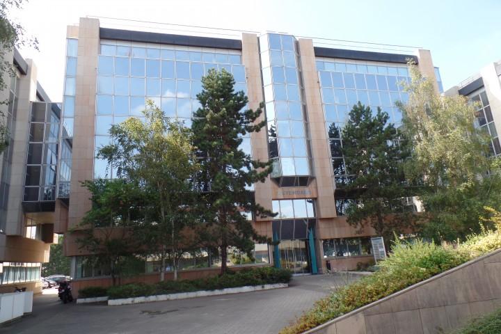 Location bureaux 1177m² - 292