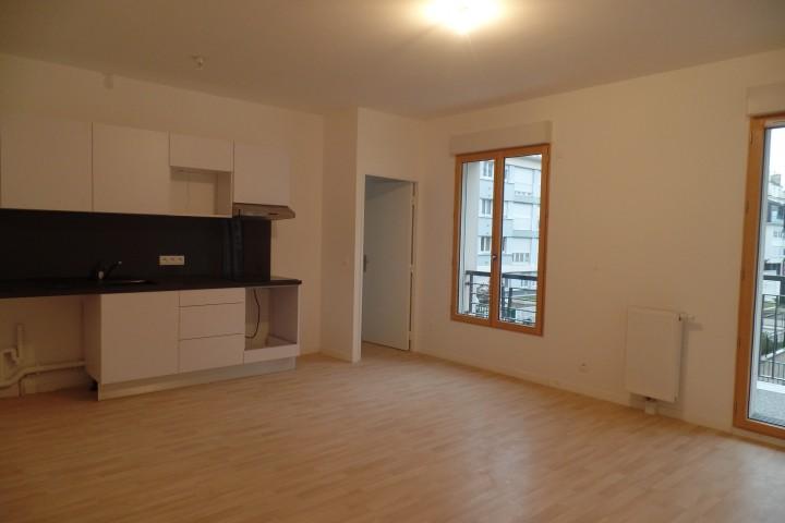 Location appartement 4 pièces 81m² - 1709