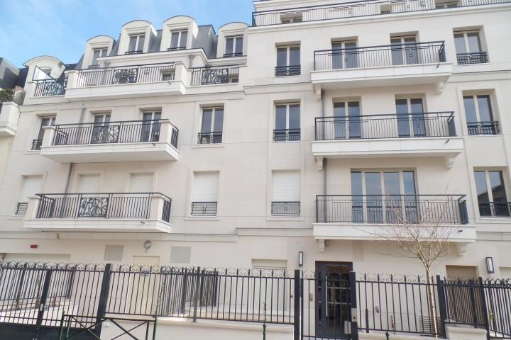 Location appartement 4 pièces 81m² - 1717