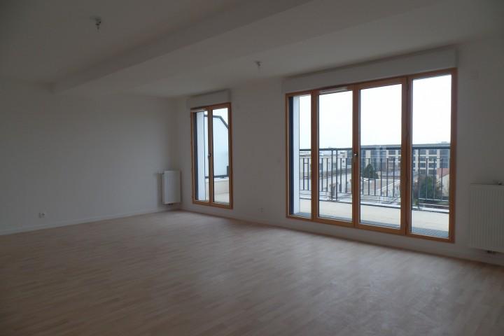 Location appartement 6 pièces 130m² - 1742