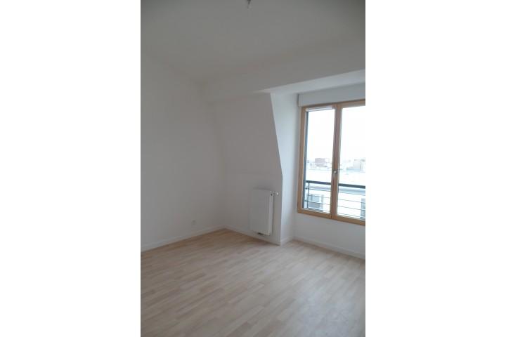 Location appartement 6 pièces 130m² - 1743