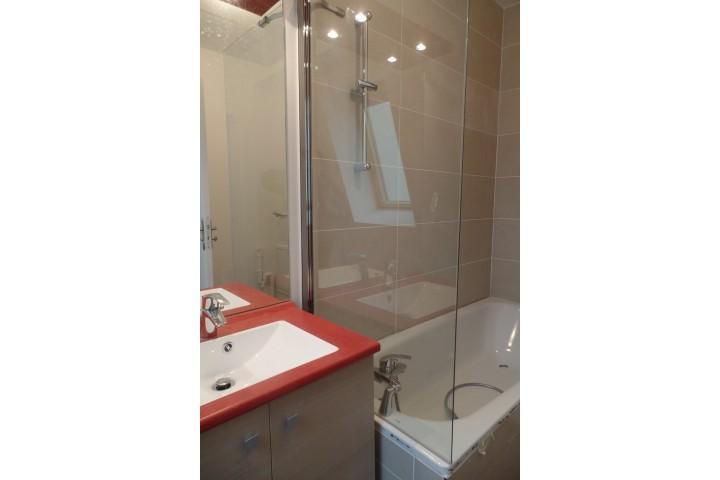 Location appartement 6 pièces 130m² - 1740