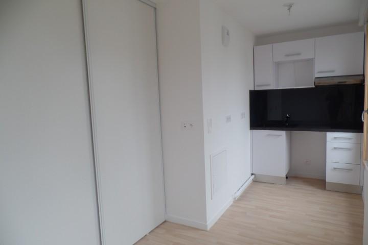 Location appartement 1 pièce 27m² - 1768