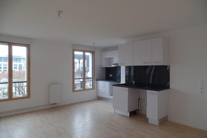 Location appartement 3 pièces 71m² - 1820