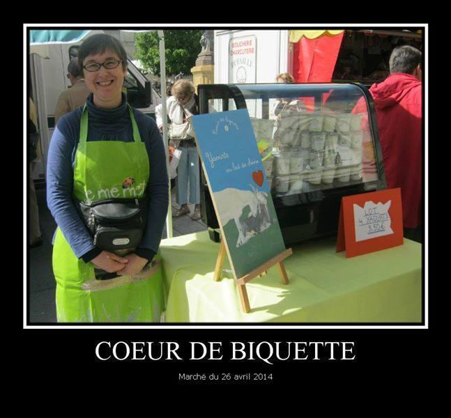 Sur le marché de Castres... Mon stand a bien grandi depuis !