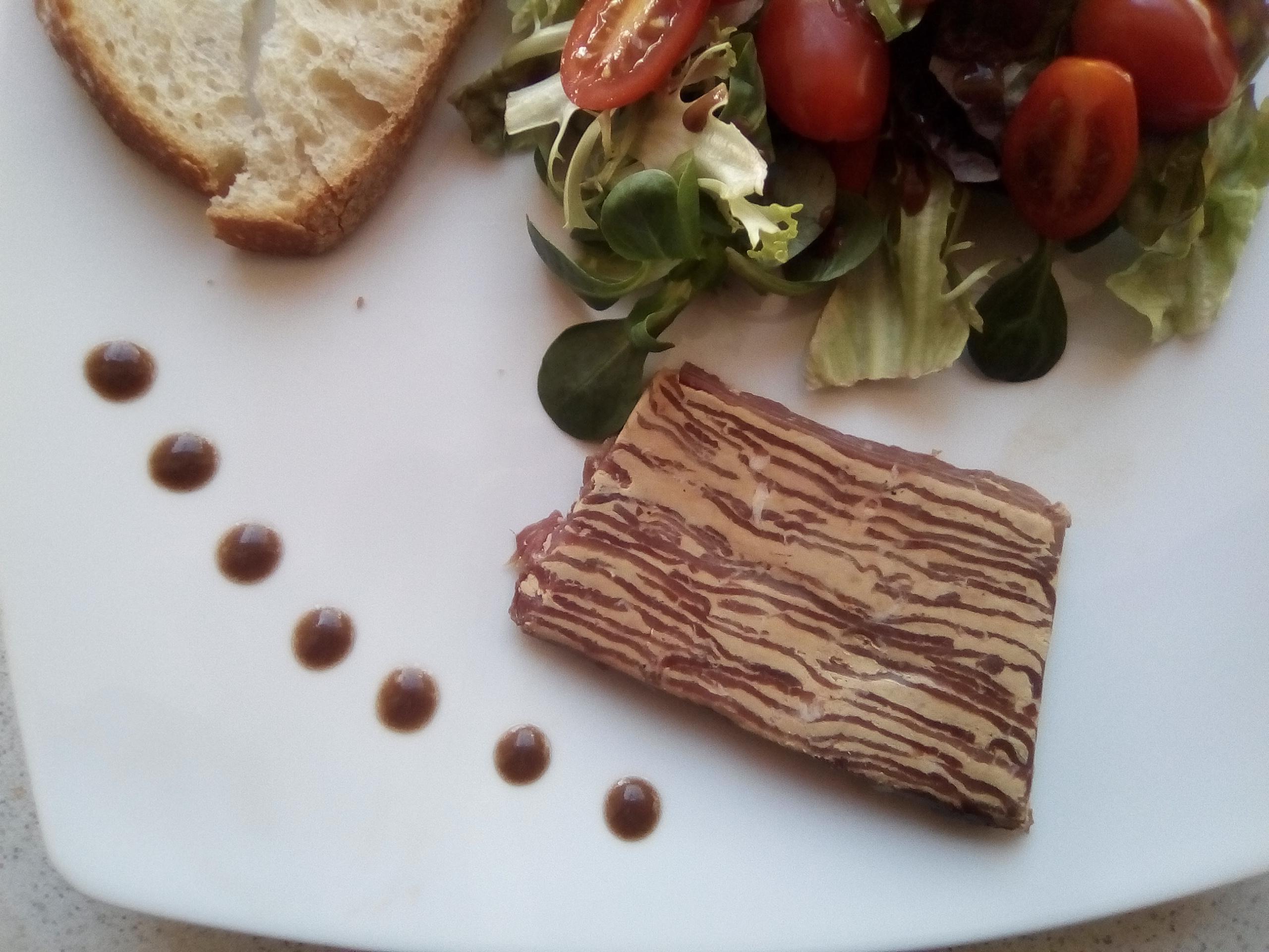 Feuilleté de magret fumé au foie gras de canard