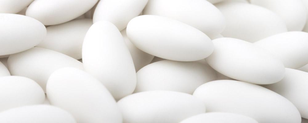 MES FÊTES : 1kg de dragées au chocolat offert (couleur blanc)